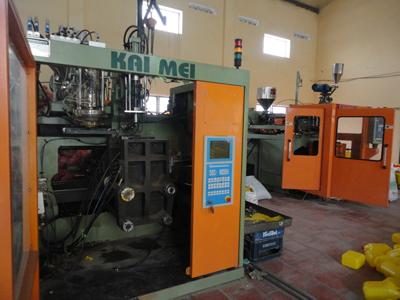 Máy sản xuất đồ nhựa